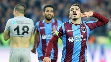 Abdülkadir Ömür soll das Interesse des FC Schalke 04 und von Eintracht Frankfurt geweckt haben