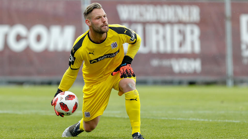 Osnabrück hat den Vertrag mit Torwart Kühn verlängert