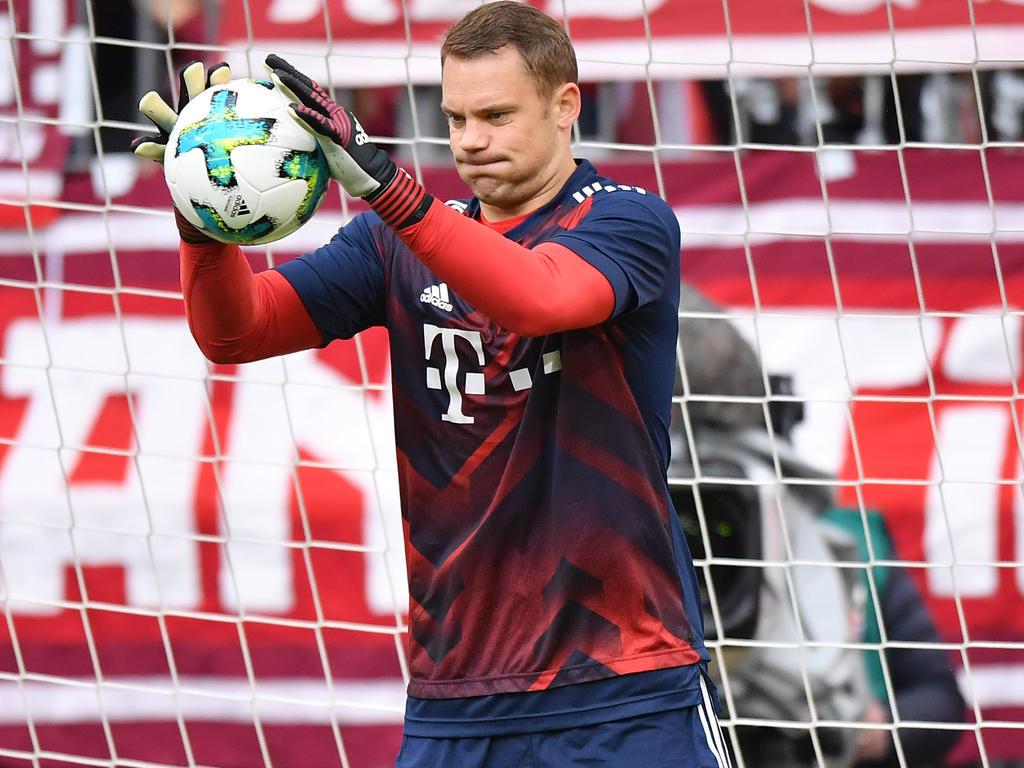 Frühestens nach Ostern kann Manuel Neuer mit dem Torwarttraining beginnen