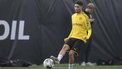 Achraf en una sesión preparatoria en Dortmund.