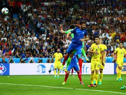 Giroud trifft für Frankreich