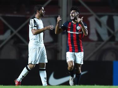 Gabriel Gudiño celebra el gol de la victoria del San Lorento. (Foto: Getty)
