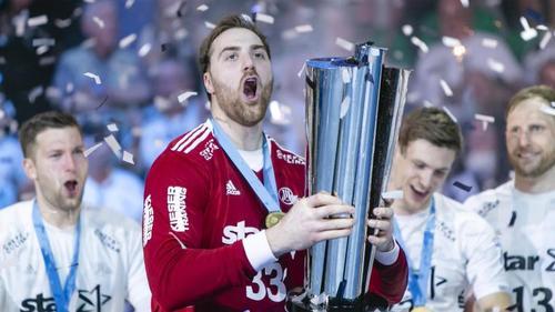 Torwart Andreas Wolff hat mit dem THW Kiel den EHF-Pokal gewonnen