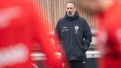 Der neue Trainer des VfB Stuttgart bei seinem ersten Training mit dem Team: Pellegrino Matarazzo