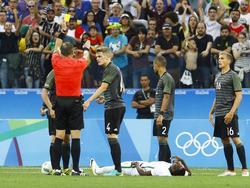 Die deutschen Kicker sollen gegen den Gastgeber die Ruhe bewahren