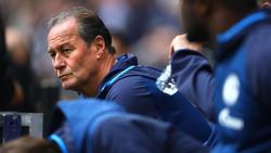 Schalke-Coach Huub Stevens würde dem BVB zum Titel gratulieren