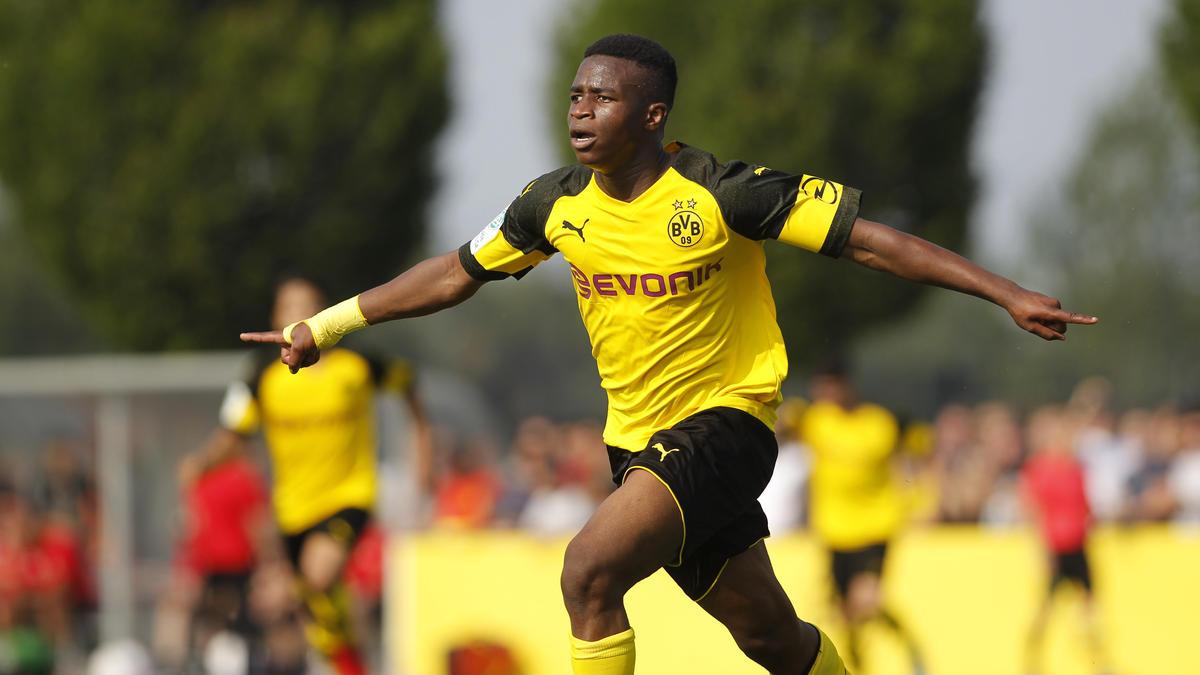 Youssoufa Moukoko traf dreifach für den BVB