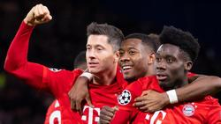 Robert Lewandowski (r.) kehrt beim FC Bayern zurück