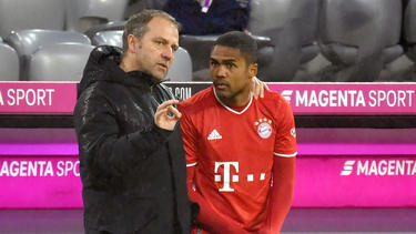 Douglas Costa (r.) wird den FC Bayern im Sommer wohl wieder verlassen