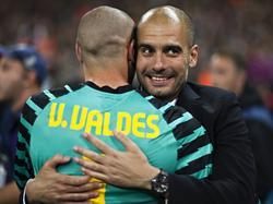 Bald bei manchester City wiedervereint? Víctor Valdés und Pep Guardiola
