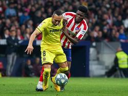 Santi Cazorla en el último choque ante el Atlético en el Wanda.