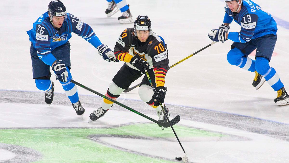 John Peterka könnte bald in der NHL auflaufen