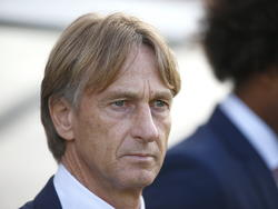 Adrie Koster kijkt toe tijdens het EK-kwalificatieduel Jong Portugal - Jong Oranje. (14-10-2014)