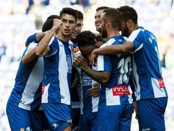 Los jugadores del Espanyol celebran el gol de Sergio García. (Foto: Getty)