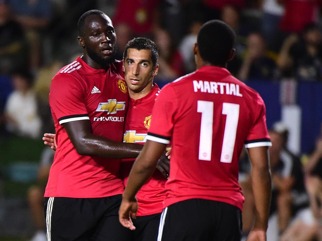 Lukaku (li.) feiert seinen ersten Treffer im United-Dress