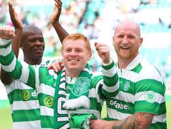 Hartson (r) bei einem Benefizkick 2017, Lennon (m) ist aktuell Celtic-Manager