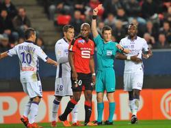 Rennes muss nach nur 16 Minuten zu zehnt weitermachen