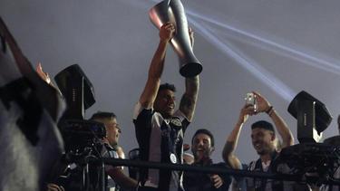 Die Spieler von PAOK Saloniki feiern die Meisterschaft