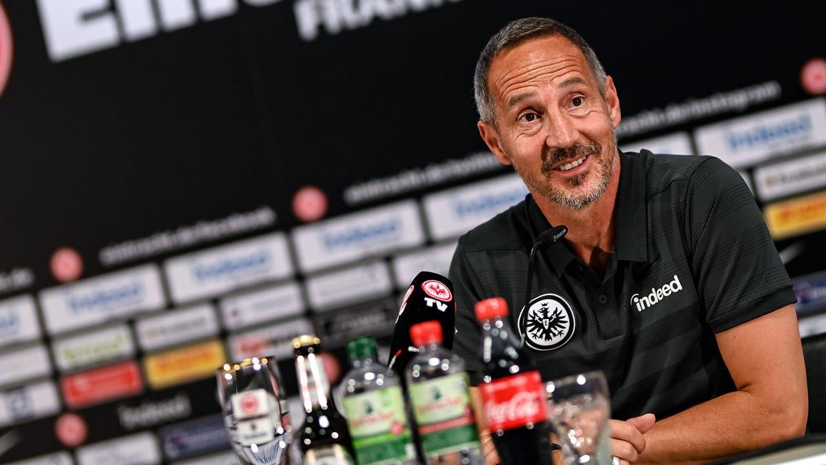 Adi Hütter rangiert mit seiner Eintracht auf Platz 9