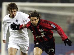 Diego Placente (r.) spielte von 2001 bis 2005 für Bayer Leverkusen