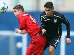 Josip Brekalo (r.) soll beim FCB und beim BVB auf dem Zettel stehen