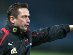 Teamchef Werern Gregoritsch braucht zumindest noch vier Punkte um weiter Chancen auf eine EM-Teilnahme zu haben