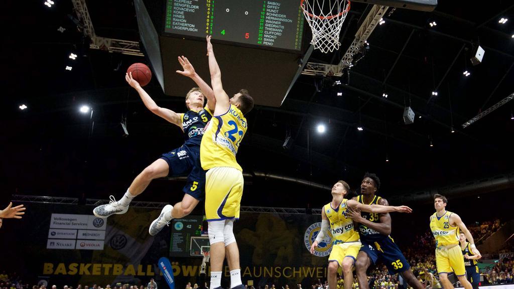 Alba Berlin verliert überraschend bei den Basketball Löwen Braunschweig