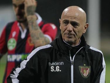 Der Trainer von Budapest muss aufgrund Corona-Verdachts seinen Hut nehmen