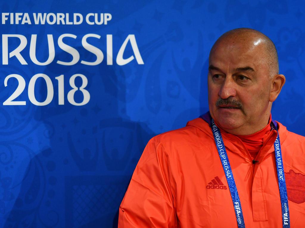 Russlands Trainer Stanislav Cherchesov zeigt sich vor dem WM-Eröffnungsspiel kämpferisch