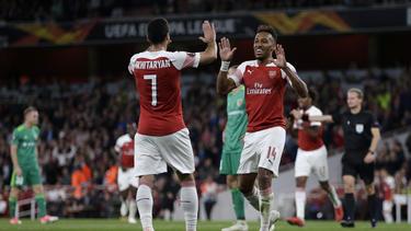 Die beiden Ex-Dortmunder Mkhitaryan und Aubameyang bejubeln den Arsenal-Heimerfolg