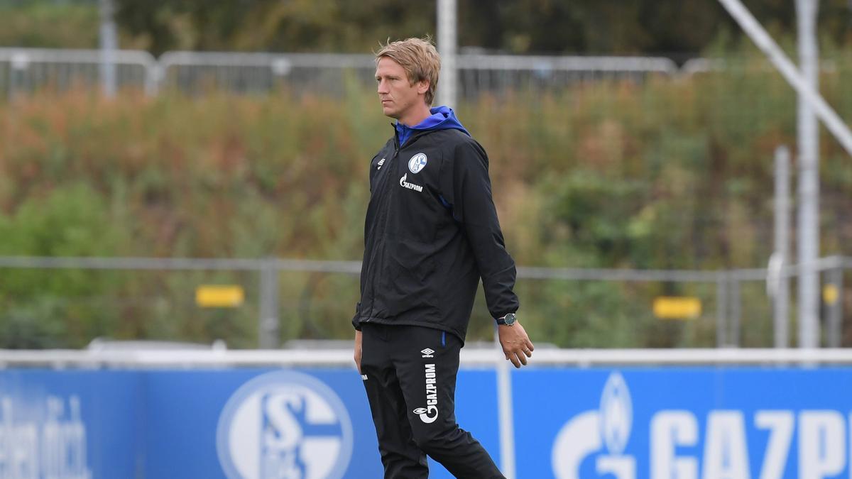 Frank Fahrenhorst vom FC Schalke 04 könnte die U21 des VfB Stuttgart übernehmen.