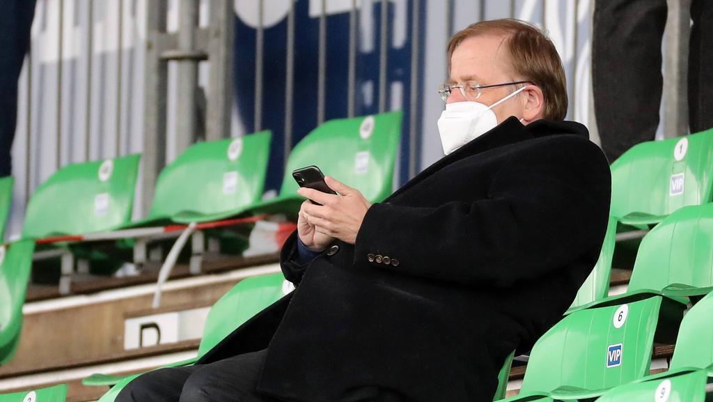 DFB-Interims-Boss Koch verteidigt die UEFA in der Regenbogen-Affäre