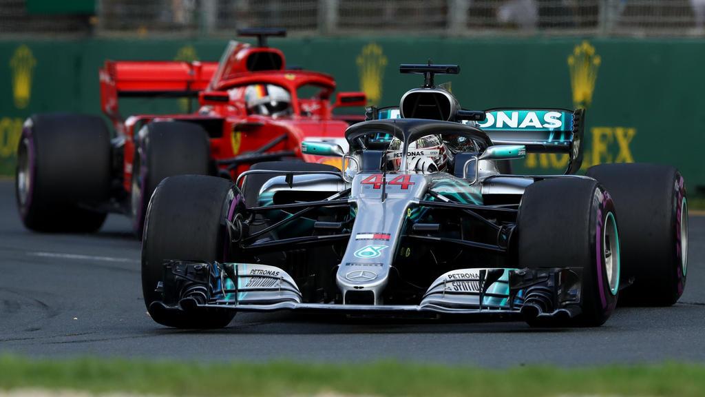 Sebastian Vettel und Lewis Hamilton kämpfen um die Weltmeisterschaft
