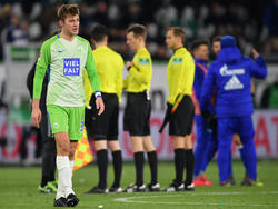 Pechvogel Robin Knoche (l.) war nach der Niederlage gegen Schalke 04 enttäuscht
