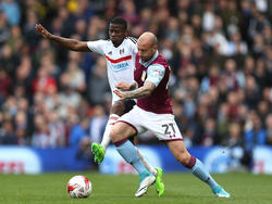 Floyd Ayite vs. Alan Hutton