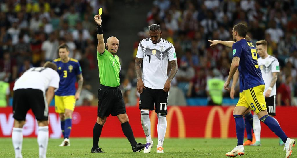 Jérôme Boateng muss frühzeitig den Platz verlassen