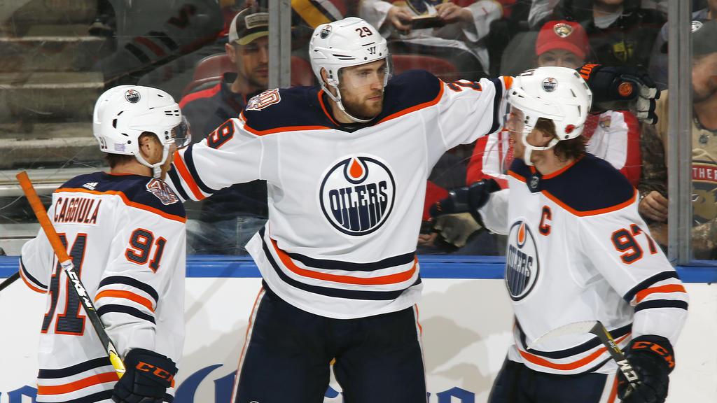 Leon Draisaitl steht in der NHLbei den Edmonton Oilers unter Vertrag
