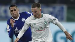 Schalke-Profi Mascarell (l.) wird bei Werder Bremen gehandelt