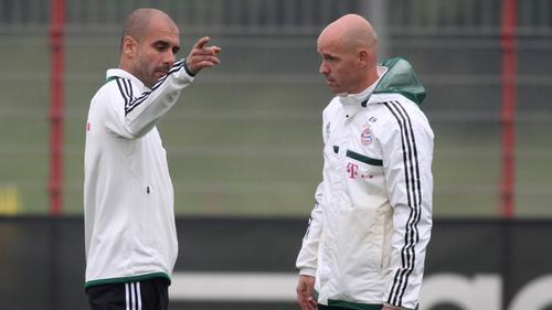 Arbeiteten einst zusammen beim FC Bayern: Pep Guardiola und Gladbach-Kandidat Erik ten Hag (r.)