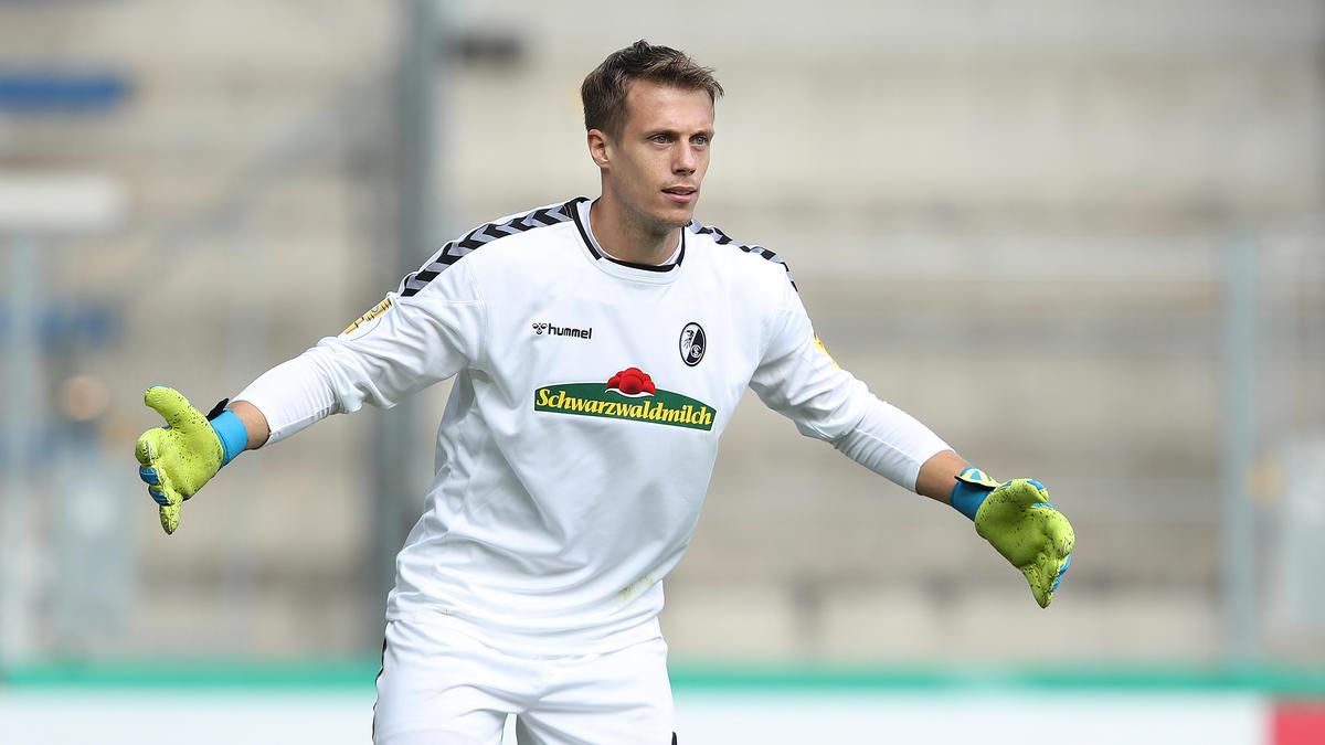 Seit 2015 ist Alexander Schwolow Stammtorwart in Freiburg
