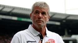 Friedhelm Funkel zeigt sich optimistisch vor dem Spiel bei Eintracht Frankfurt