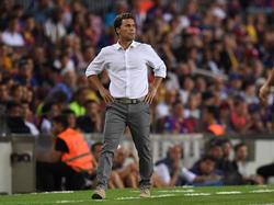 Joan Francesc Ferrer Sicilia'Rubi', en la banda del Camp Nou.