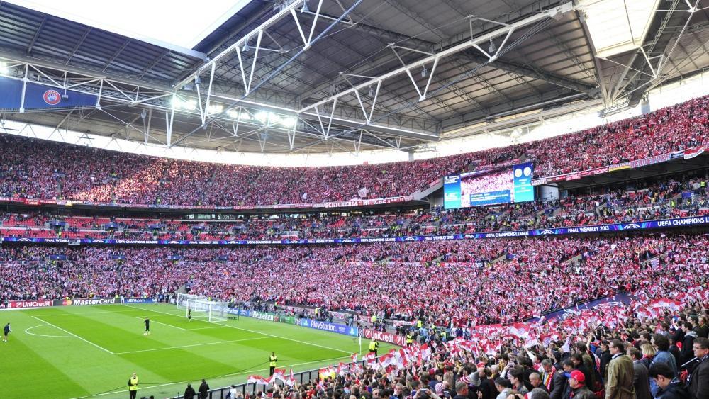 UEFAkippt Grenze bei der Fanzulassung