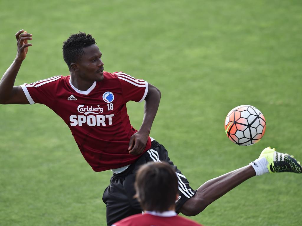 Premier League News Leicester Holt Amartey Aus Kopenhagen