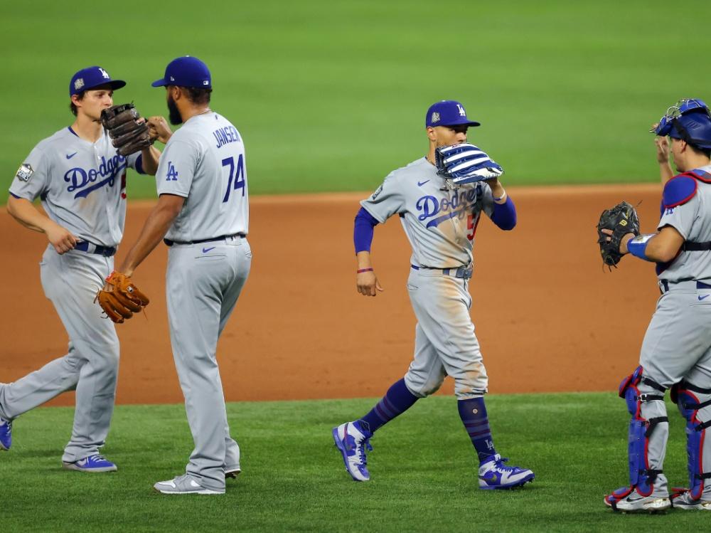 Die Dodgers brauchen noch zwei Siege für den Triumph