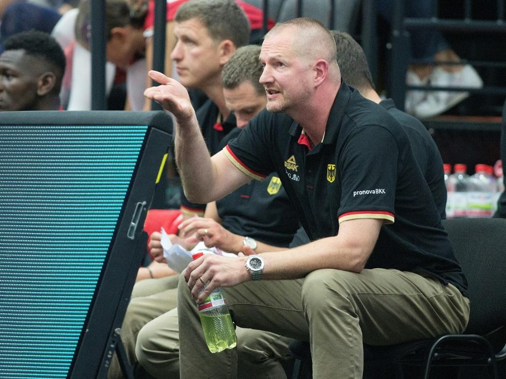 Bundestrainer Henrik Rödl lobt Daniel Theis