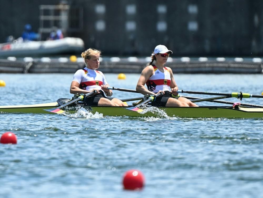 Annekatrin Thiele (l.) und Leonie Menzel im Halbfinale