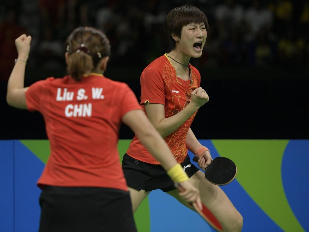 Das Damen-Doppel Ding/Liu holte in Düsseldorf WM-Gold
