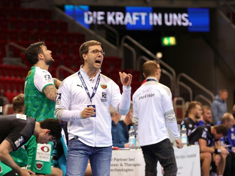 Füchse Berlin um Trainer Siewert sind Tabellenerster