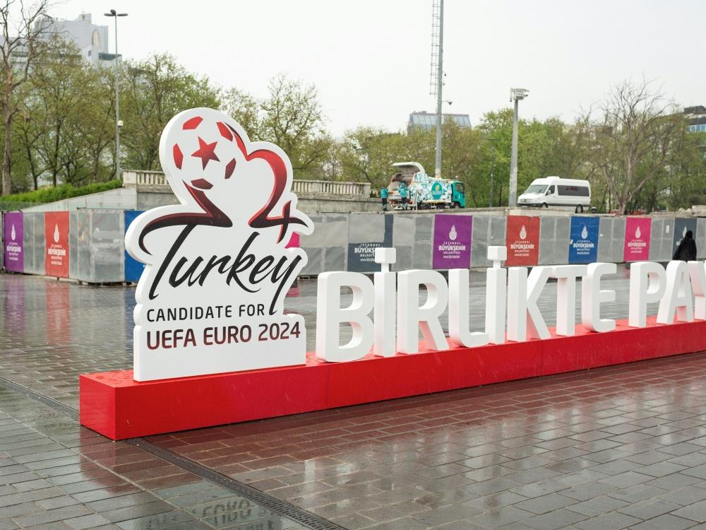 Die Türkei wirbt auf dem Taksim-Platz in Istanbul